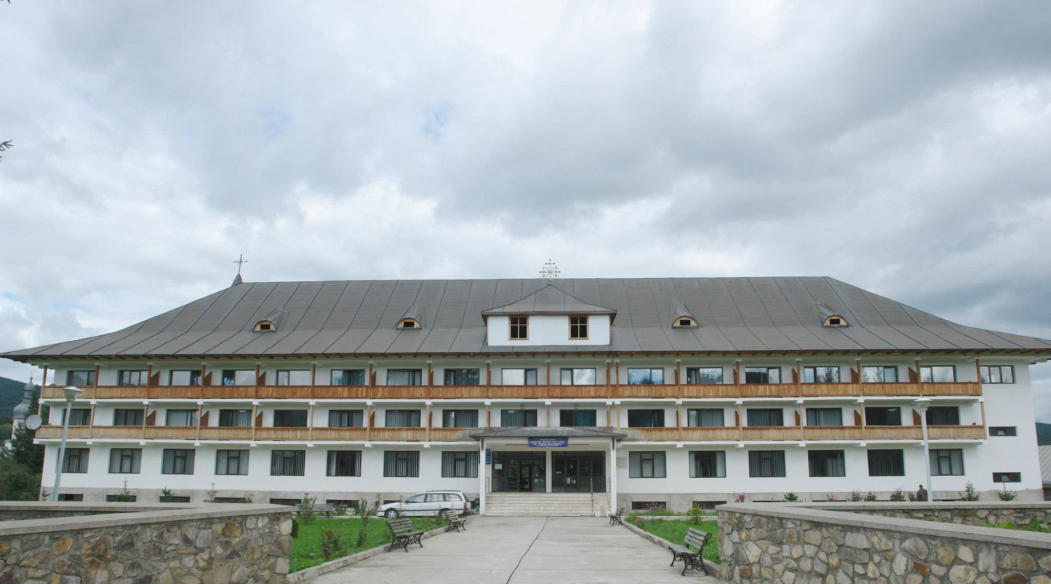 Manastirea Neamt Centrul Social-Cultural Sf. Paisie
